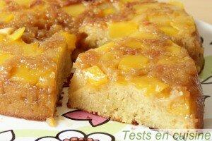Gâteau renversé à la mangue et combava