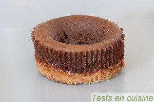 Croustillant au chocolat noir noisettes et amandes Pâturages après cuisson