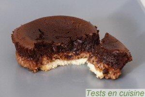 Croustillant au chocolat noir noisettes et amandes Pâturages zoom (chaud)