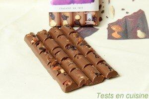Chocolat au lait raisins, amandes et noisettes Les Recettes de l'Atelier Nestlé